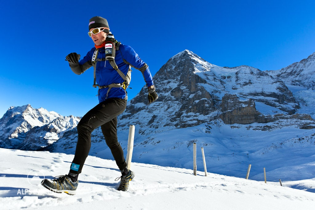 Ueli Steck winter running