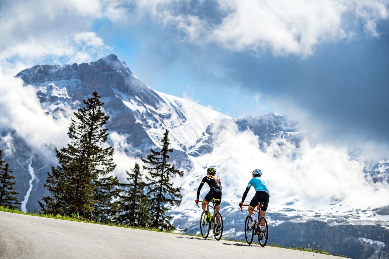 Col de la Croix cycling